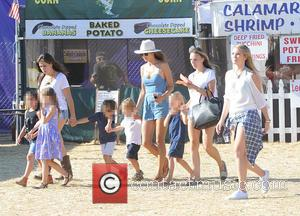 Alessandra Ambrosio, Noah Phoenix Ambrosio Mazur , Anja Louise Ambrosio Mazur - Alessandra Ambrosia takes her kids to the Malibu...