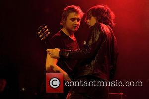 Pete Doherty Puffs On Crack Pipe In New Libertines Promo