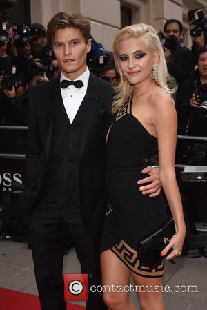 Pixie Lott , Oliver Chershire - GQ Men of the Year Awards held at the Royal Opera House - Arrivals....