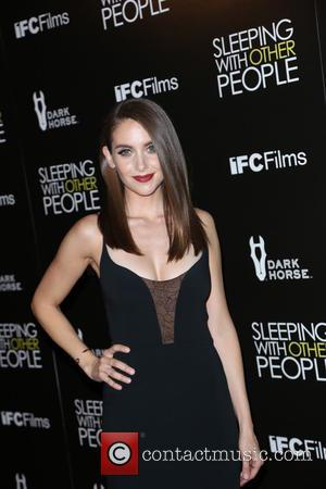 Alison Brie - Premiere Of IFC Films' 'Sleeping With Other People' - Los Angeles, California, United States - Wednesday 9th...