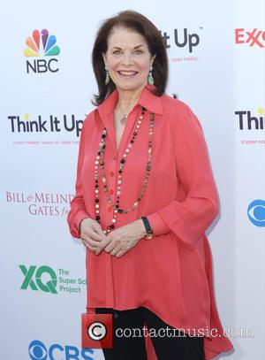 Sherry Lansing - Entertainment Industry Foundation's 'Think It Up' telecast at Barker Hangar Santa Monica at Barker Hangar in Santa...