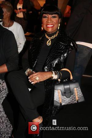 Patti LaBelle Gives Stripping Fan A Dressing Down During Vancouver Concert