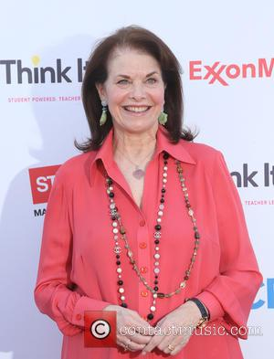 Sherry Lansing - Think It Up Gala for Education Initiative's inaugural live telecast Event at Barker Hangar - Santa Monica,...