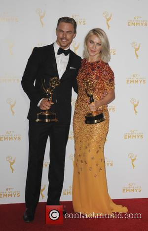 Julianne Hough , Derek Hugh - 2015 Creative Arts Emmy Awards at Microsoft Theater- Press Room at Emmy Awards -...