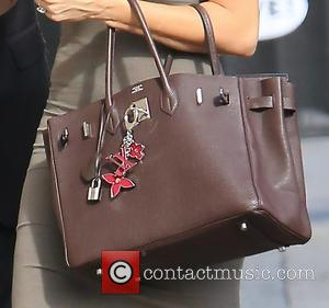 Sofia Vergara's purse - Sofia Vergara seen arriving at ABC studios for Jimmy Kimmel Live! at Jimmy Kimmel studio -...
