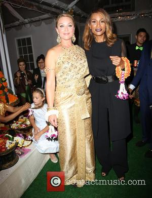 Elisabeth Röhm and Beverly Johnson