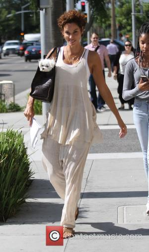 Nicole Murphy - Nicole Murphy goes furniture shopping in Beverly Hills - Los Angeles, California, United States - Wednesday 16th...