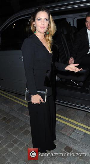 Drew Barrymore - Celebrities outside Chiltern Firehouse at Chiltern Firehouse - London, United Kingdom - Thursday 17th September 2015