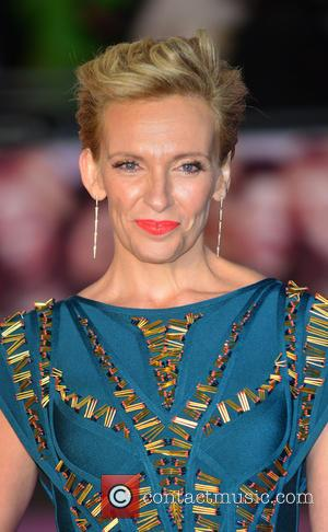 Toni Collette's Bald Head Helped Her With Cancer Role