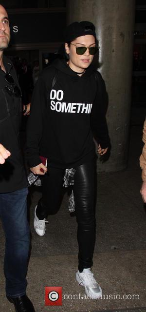 Jessie J - Jessie J arrives at Los Angeles International Airport (LAX) - Los Angeles, California, United States - Friday...