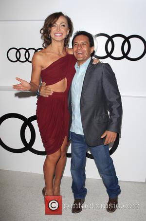 Karina Smirnoff and Victor Espinoza