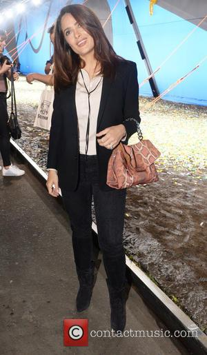 Salma Hayek - London Fashion Week Spring/Summer 2016 - Hunter - Arrivals at London Fashion Week - London, United Kingdom...