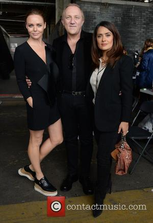 Stella McCartney , Salma Hayek - London Fashion Week Spring/Summer 2016 - Hunter - Arrivals at London Fashion Week -...