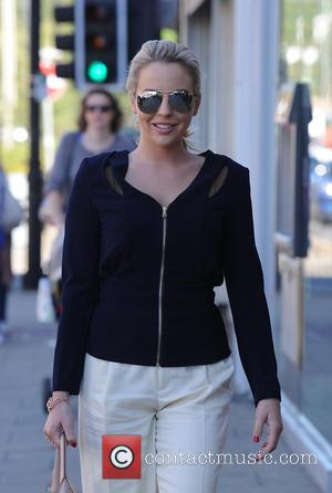 Lydia Bright - Lydia Bright looks casual as she heads to work before jetting off to Marbella - London, United...