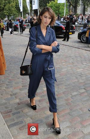 Alexa Chung - LFW Spring/Summer 2016 - Topshop Unique - Departures - London, United Kingdom - Sunday 20th September 2015