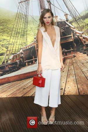 Suki Waterhouse - World Premiere of 'Pan' at the Odeon, Leicester Square, London at Odeon Leicester Square - London, United...