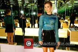Vanessa Kirby - London Fashion Week Spring/Summer 2016 - Louis Vuitton Series 3 - Inside at London Fashion Week -...