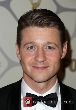 Ben Mckenzie Sends Out Sister's 'Welcome To The Family' Tweet
