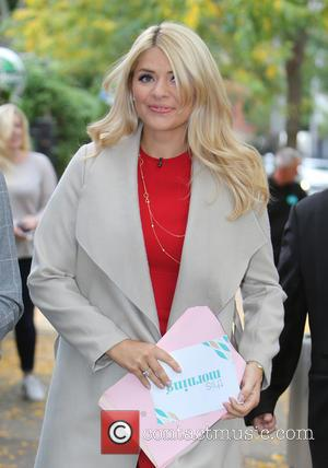 Holly Willoughby - Holly Willoughby outside ITV Studios - London, United Kingdom - Monday 21st September 2015