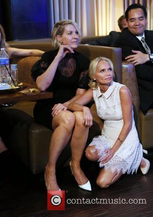 Jenna Elfman , Kristin Chenoweth - The Human Rights Hero Awards 2015 presented by Marisol Nichols' Foundation for a Slavery...