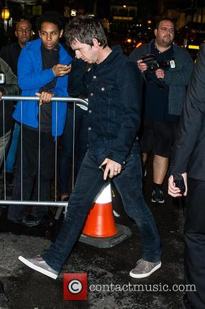 Noel Gallagher - Celebrites at Victoria Beckham's Private Dinner Party during London Fashion Week - Outside at London Fashion Week...