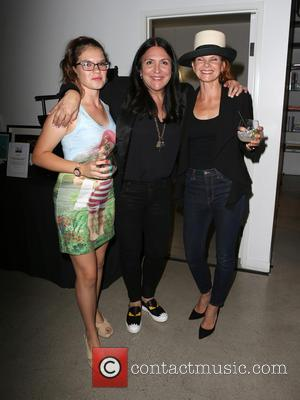 Valentina Shelton, Kathy Kloves and Lolita Davidovich