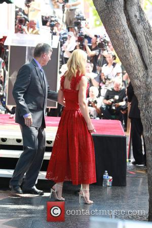 Claire Danes Gets Walk Of Fame Star