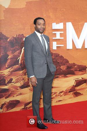 ‪Chiwetel Ejiofor‬ - European premiere of 'The Martian' at Odeon Leicester Square - Arrivals at Odeon Leicester Square - London,...