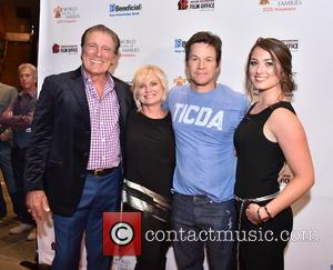 Vince Papale, Janet Papale, Mark Wahlberg and Gabriella Papale
