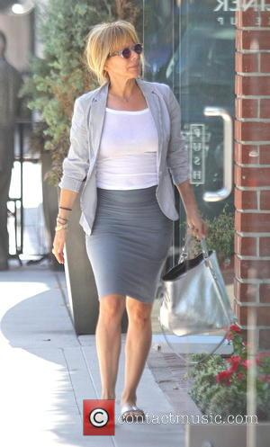 Rosanna Arquette - Rosanna Arquette takes a trip to a hair salon in Beverly Hills - Hollywood, California, United States...