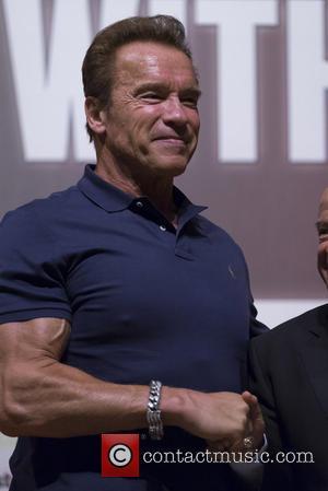Arnold Schwarzenegger Tells Hollywood: 'I'll Be Back'