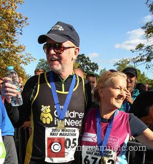 Chris Evans - Chris Evans competes in the Windsor half marathon for Children in Need at Great Park - Windsor,...