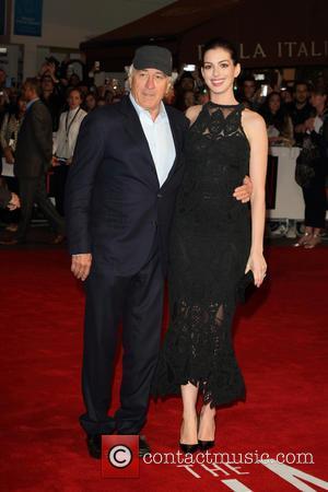 Robert De Niro and Anne Hathaway