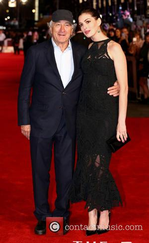 Robert De Niro and Anne Hathaway