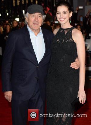 Robert Deniro and Anne Hathaway