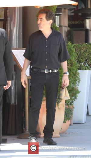 Joe Mantegna - Veteren actor Joe Mantegna has lunch with friends in Beverly Hills - Los Angeles, California, United States...