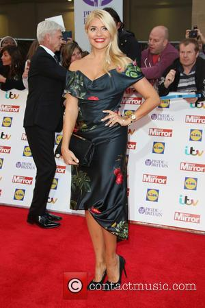 Holly Willoughby - The Daily Mirror Pride of Britain Awards 2015 held at Grosvenor House Hotel at Grosvenor House -...
