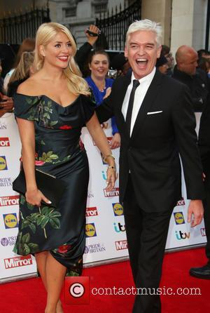 Holly Willoughby , Phillip Schofield - The Daily Mirror Pride of Britain Awards 2015 held at Grosvenor House Hotel -...