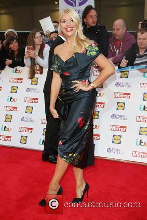 Holly Willoughby - The Daily Mirror Pride of Britain Awards 2015 held at Grosvenor House Hotel - Arrivals at Grosvenor...