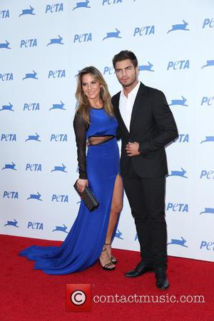 Kate Del Castillo - PETA's 35th Anniversary Party at Hollywood Palladium - Arrivals - Los Angeles, California, United States -...