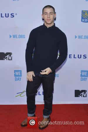Nick Jonas Stays Mum About Kate Hudson