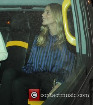 Donna Air - Celebrities leaving the