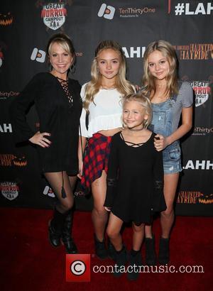 Barbara Alyn Woods, Natalie Alyn Lind, Alyvia Alyn Lind and Emily Alyn Lind