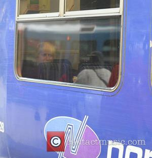 Boris Johnson - Boris Johnson spotted at Manchester Piccadilly Train Station, Boris chatted to commuters and posed for pictures then...
