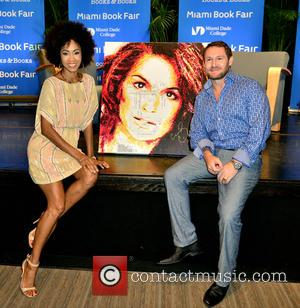 Kalyn James , Havi Schanz - Cindy Crawford attends the Miami Book Fair to discuss her book 'Becoming' with NBC's...