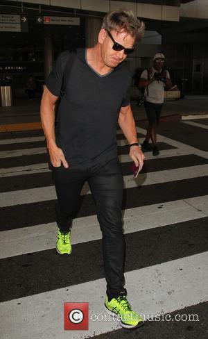 Gordon Ramsay - Gordon Ramsay arrives at Los Angeles International (LAX) Airport - Los Angeles, California, United States - Monday...