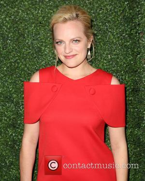 Elisabeth Moss - Los Angeles Industry Screening of 'Truth' - Arrivals at Samuel Goldwyn Theater in Beverly Hills - Los...