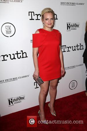 Elisabeth Moss - Los Angeles Industry Screening of 'Truth' - Arrivals at Samuel Goldwyn Theater - Beverly Hills, California, United...