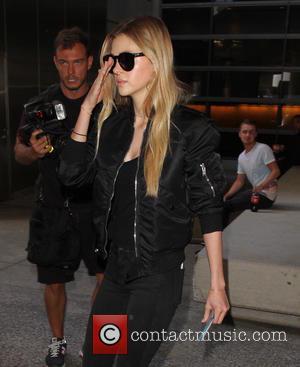 Nicola Peltz - Nicola Peltz arrives at Los Angeles International (LAX) Airport - Los Angeles, California, United States - Tuesday...