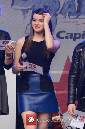 Hailee Steinfeld - Z100's Jingle Ball 2015 Kick Off Event - New York, United States - Tuesday 6th October 2015